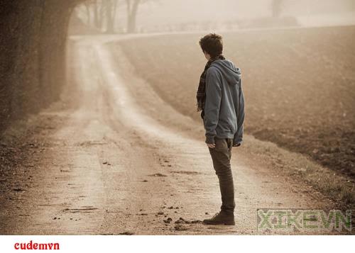 [Thơ tình] Nỗi buồn khi trở lại chỗ hẹn xưa